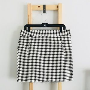 {LOFT} Cross Hatch Circle Patterned Pocket Skirt